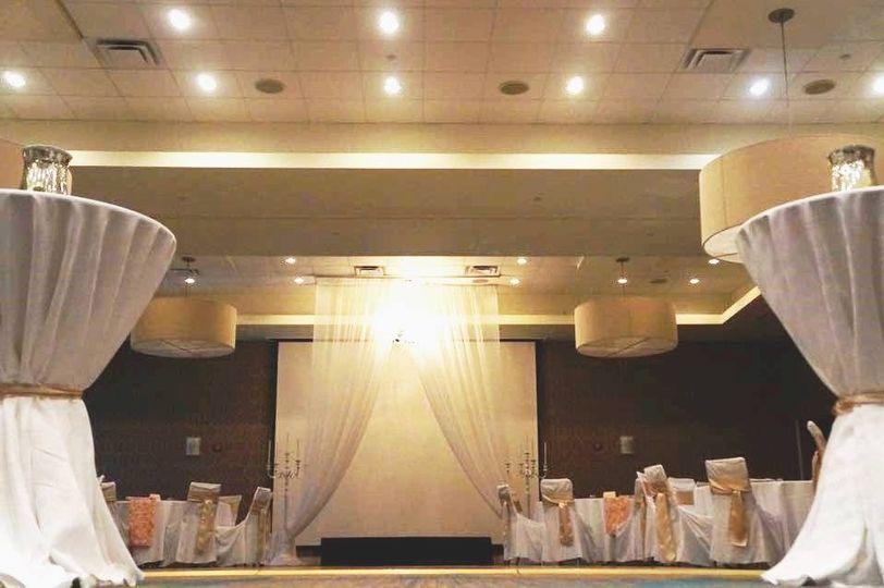 f128cddf5579f8c8 1471380471487 parker wedding 1