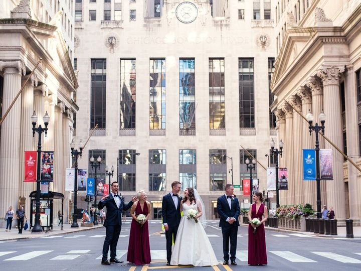 Tmx Downtown Chicago Wedding By Emma Mullins Photography026 51 1896675 157546988568948 Cleveland, OH wedding planner