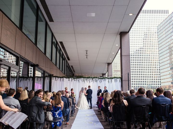 Tmx Downtown Chicago Wedding By Emma Mullins Photography064 51 1896675 157546988591708 Cleveland, OH wedding planner