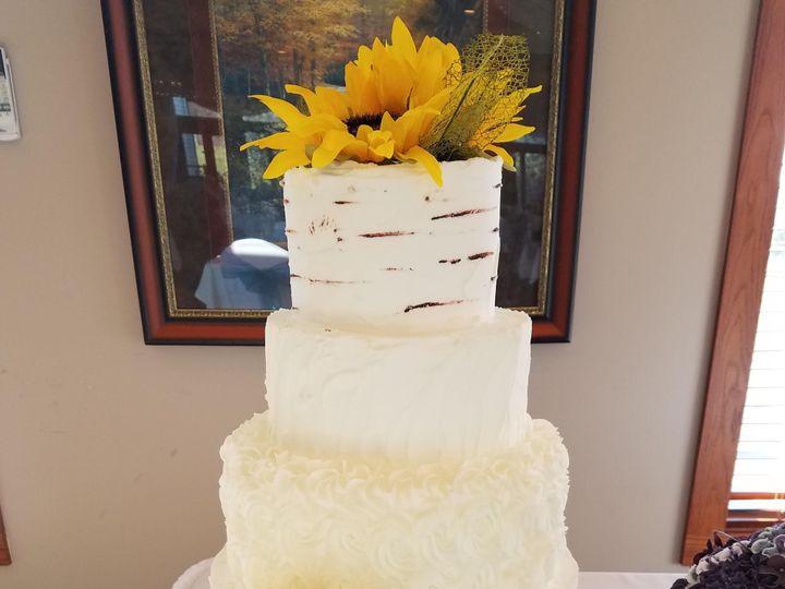 Tmx 20161126 113622 51 1067675 1558640081 River Falls, WI wedding cake