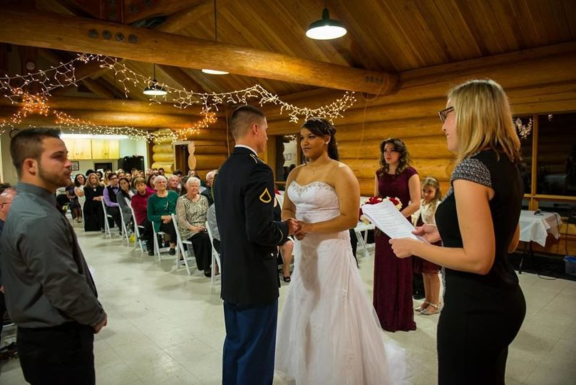Indoor winter wedding at island lake park
