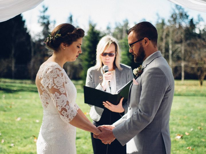 Tmx 1522429932 16b57a954e31b803 1522429929 9c103bd2bee7b79b 1522429900792 1 DSC 8034 Greenbank, WA wedding officiant