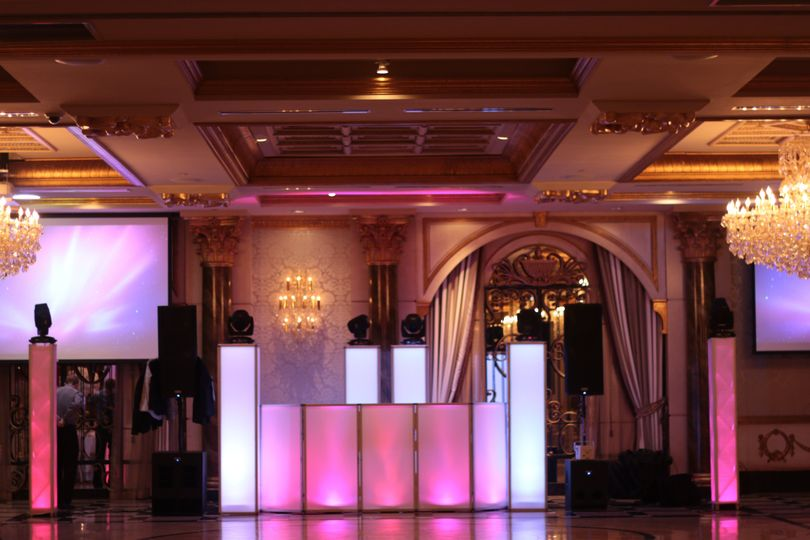 intelligent lighting setup 6 glo totems global beatz djs 51 612775