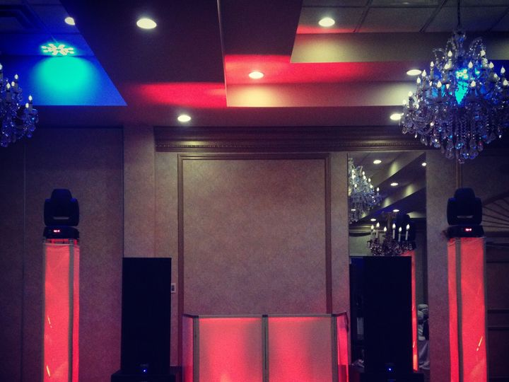 Tmx 1537832420 4adb6b8111eb37b8 1537832418 C1789e0b8e7890db 1537832439406 42 Intelligent Light Wayne, New Jersey wedding dj