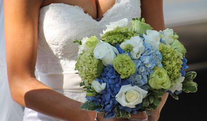 Wedding Flowers by Nichole