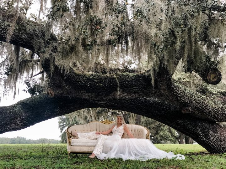 Tmx Megan On Couch 51 1054775 158579154918285 Groveland, FL wedding rental