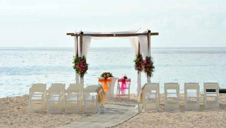 Beach Ceremony in Pastels