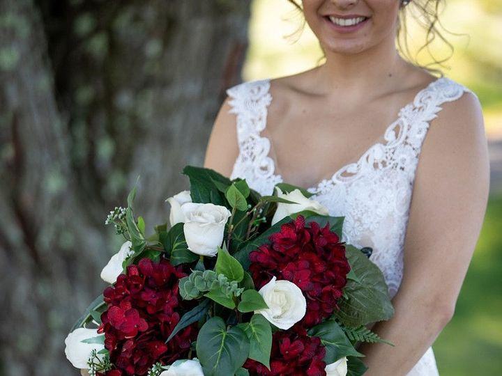 Tmx 1538929022 148a402d1b254e9f 1538929021 Bcfa78d357ac9763 1538929010557 3 Image1a Simsbury, CT wedding florist