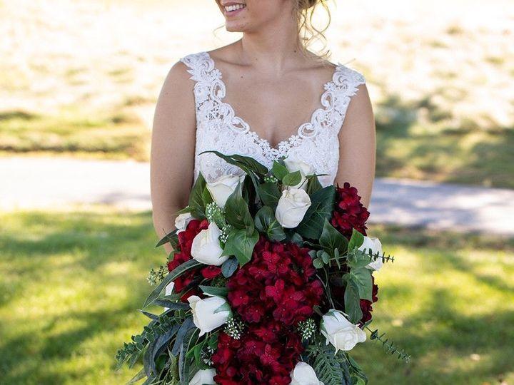 Tmx 1538929023 F5f1fd3623b6aa00 1538929021 6f73123b743cf025 1538929010563 4 Image2a Simsbury, CT wedding florist