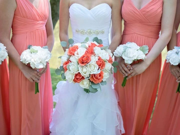 Tmx 67360946 2305844192827052 2240956760724602880 N 51 627775 1572393257 Simsbury, CT wedding florist