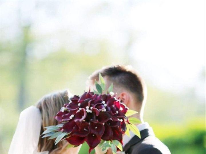 Tmx E11d49f1 31fb 4075 A2be 6276281acee1 51 627775 1572393277 Simsbury, CT wedding florist