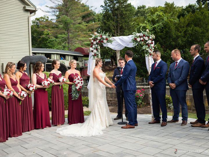 Tmx Img 6640 51 627775 159848796270362 Simsbury, CT wedding florist