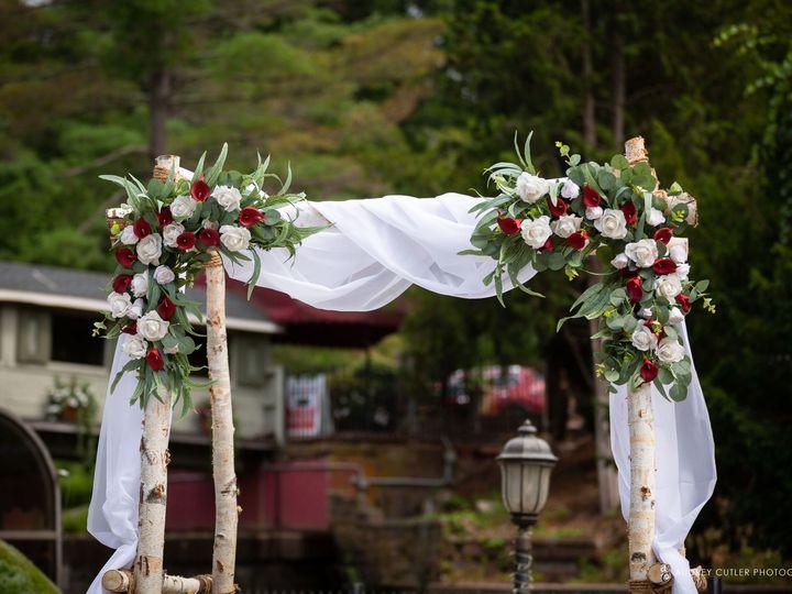 Tmx Img 6642 51 627775 159848795876015 Simsbury, CT wedding florist