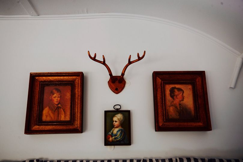 The wall decorations