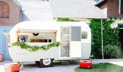 Sweet Violet, Vintage Wedding Camper