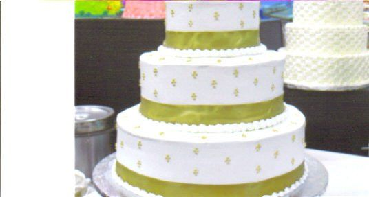 800x800 1272942972051 weddingcake8