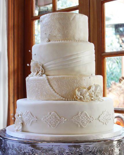 calamigos antique cake