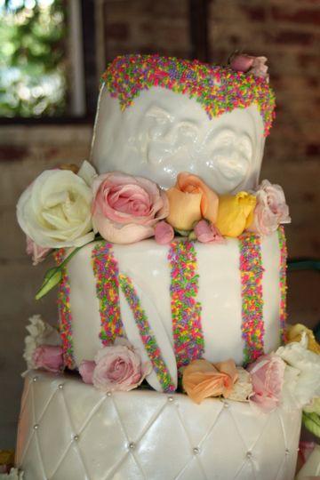 laurel wedding cake faces