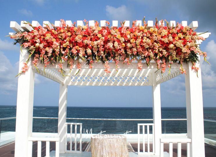 Gazebo floral decor