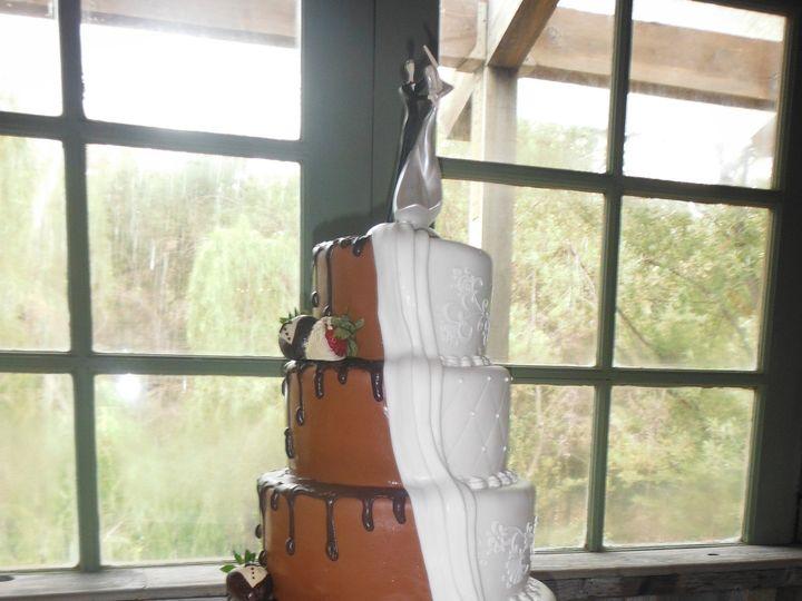 Tmx 1375140158741 Blackandwhite2 Moorpark wedding cake