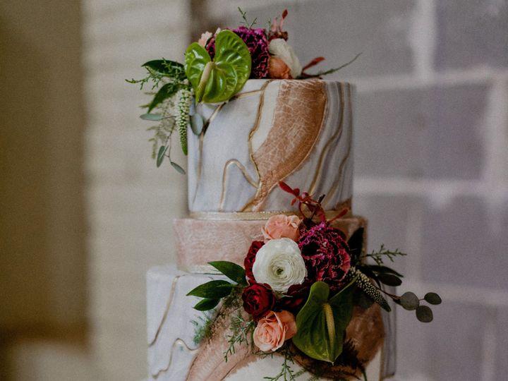 Tmx Romanticchillopement 308 51 1562875 1568573344 Lancaster, PA wedding cake