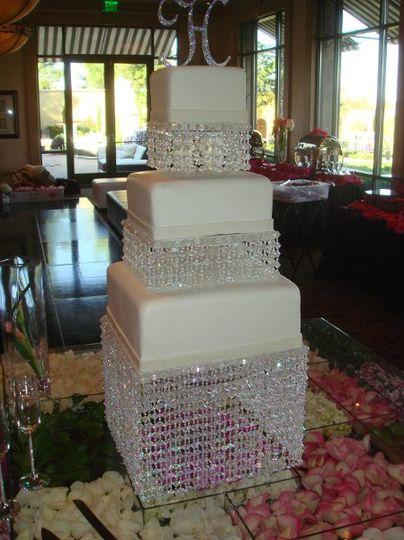 Simple Elegance In Cake Design Las Vegas Nv