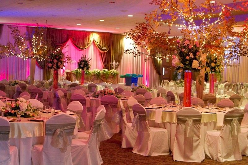 Larsa banquet hall venue denair ca weddingwire for 701 salon sacramento