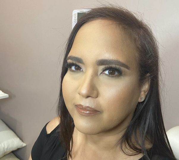 Full face makeup w/lashes