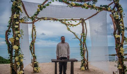 Riviera Maya Wedding Minister