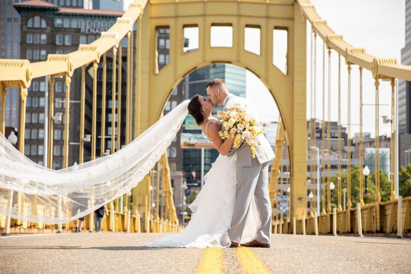 Dip kiss Clemente Bridge