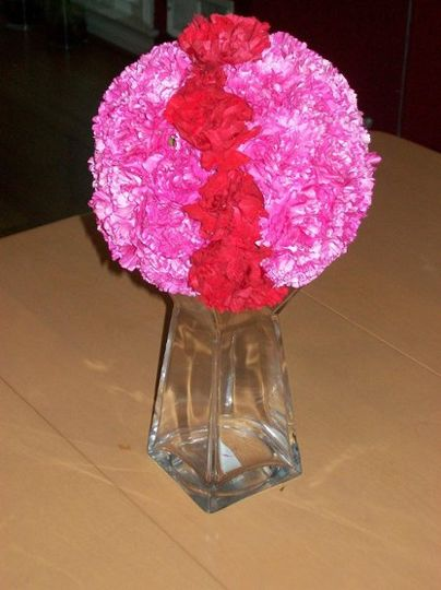 Pink and red arrangement