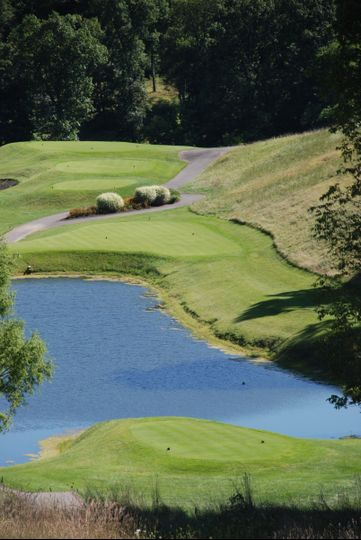 Lakeside View of MHCC's Prisitne 18 Hole Golf Course