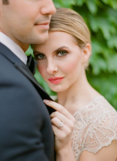 carlos hernandez photography black walnut inn vineyard wedding inspiration dundee oregon 166 51 541975