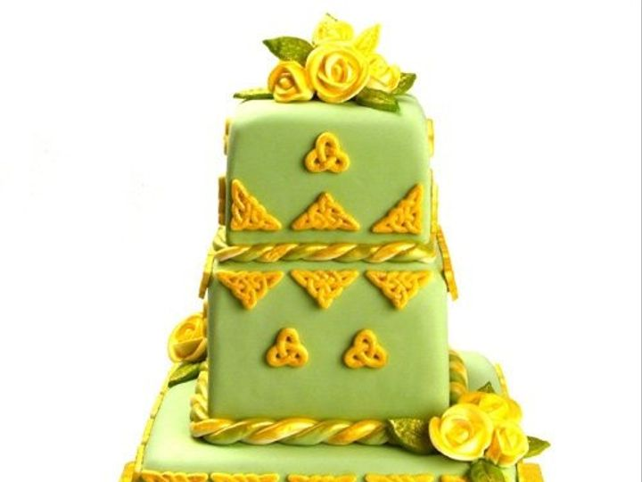 Tmx 1213752262246 Weddingcakegreen Gold DI%281%29 Wingdale wedding cake