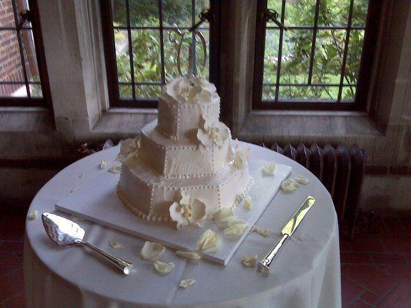 Tmx 1253108204211 IMG00105 Wingdale wedding cake