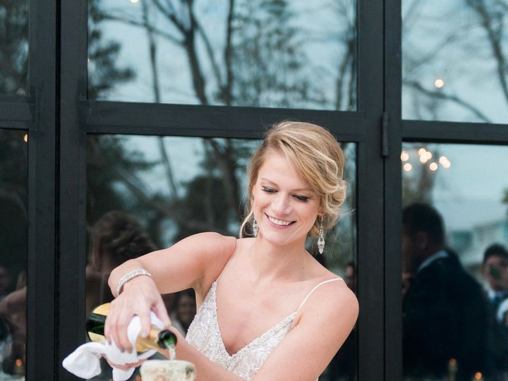 Tmx 1533311147 49fc805d59f285e3 1533311144 A393c38854155ea8 1533311137872 17 Wrightsville Mano Wilmington, North Carolina wedding catering