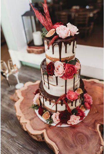 Decedent cake florals!