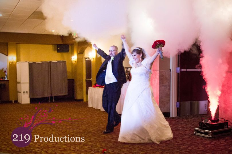 merrillville dj service couple walk in