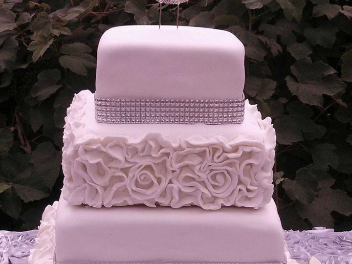 Tmx 1389640960300 Img20130810152241728  Lebanon wedding cake