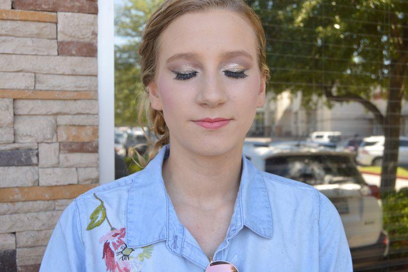 Natural light makeup