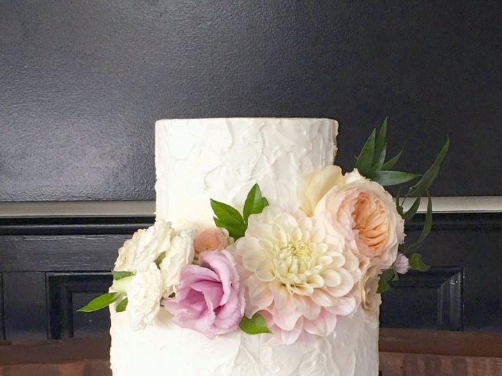 Tmx Img 3857 51 1063085 157578682951422 Carrollton, TX wedding cake