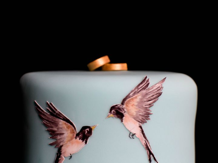 Tmx 1433801591837 Birdsandmagnoliastoptier Manchester, Massachusetts wedding cake