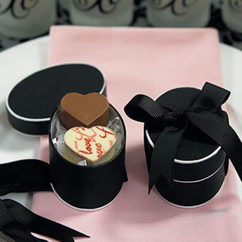 Oval black box wedding favor box