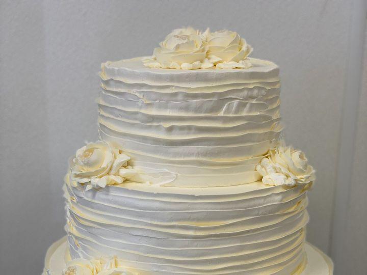 Tmx Img 0363 51 1907085 157921167433120 Wilmington, MA wedding cake