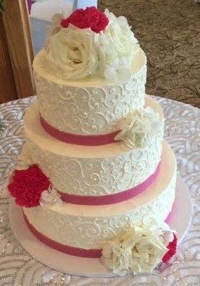 Tmx Unnamed 7 51 1907085 157921167476211 Wilmington, MA wedding cake