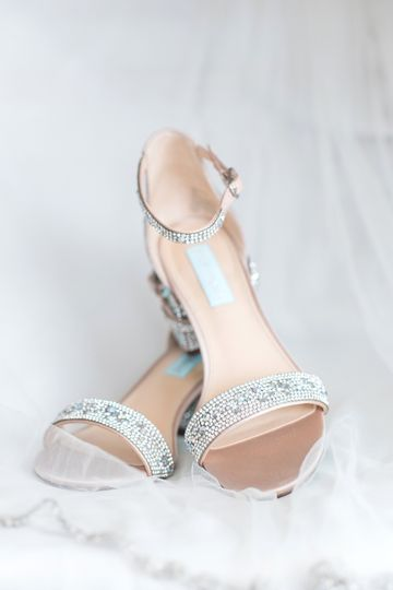 Bridal details - shoes