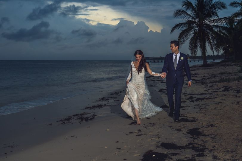 wedding cancun beach bridal portrait