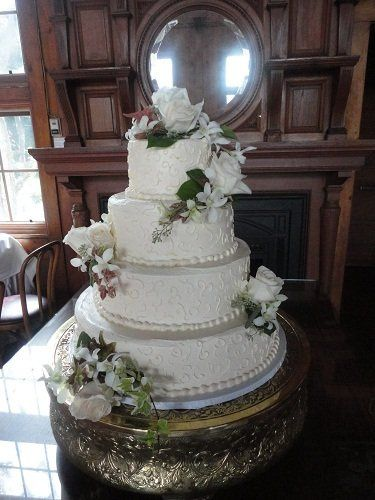 Tmx 1352479674013 DSC00155 Saline, Michigan wedding cake