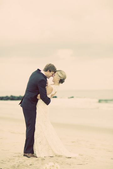 New Jersey Beach Wedding | Photography by Berit Bizjak of Images by Berit | New Jersey Beach Wedding...