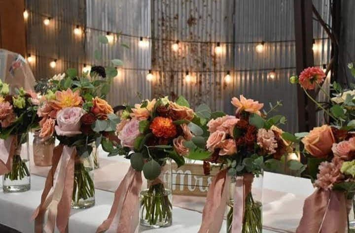 Romantic floral decor